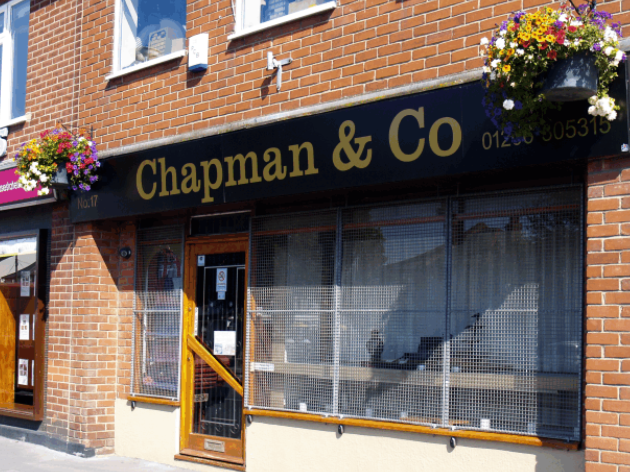 link to Chapman Jewellers sign